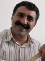 Erdal Erzincan kimdir